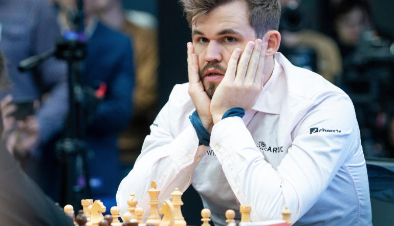Magnus Carlsen known fantasy football fan
